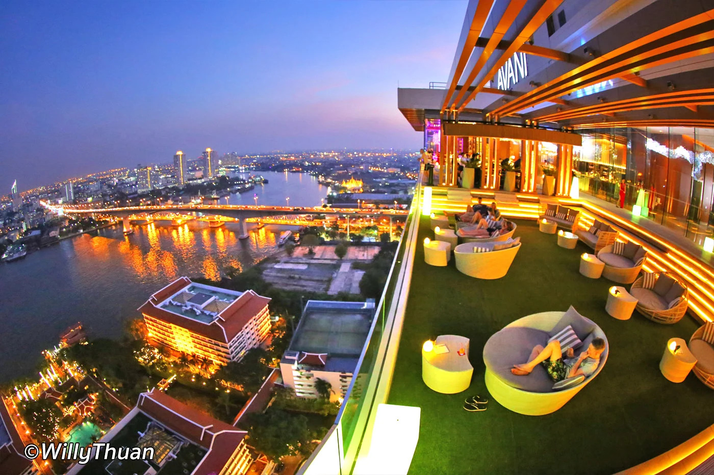 Seen Rooftop Bar at Avani Hotel Bangkok